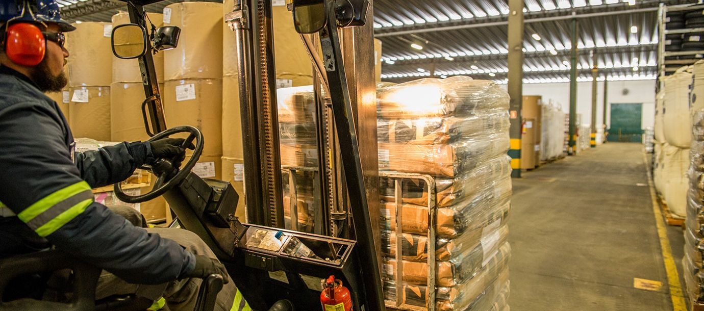 Special logistics operation is set up to speed up the release of hand sanitizer cargo